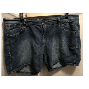 Size 14 Old Navy Denim Shorts